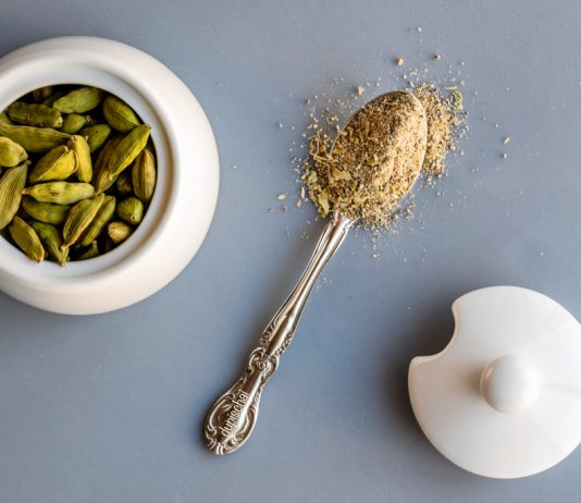 Ten Hidden Benefits Of Eating Cardamom (Elaichi)