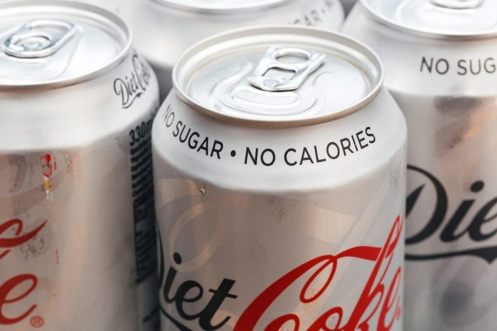 Diet Soda Health Studies: Is It Really Better Than Normal Soft Drink Or Not?