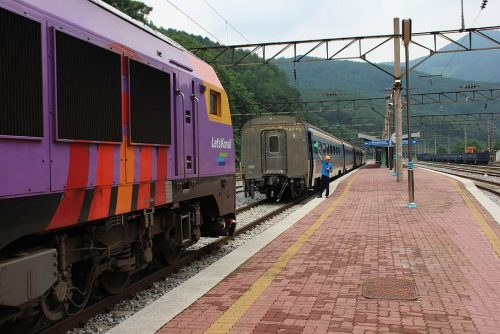 """Another record set by Indian Railways by operating longest 2.8 km train """"SheshNaag"""""""