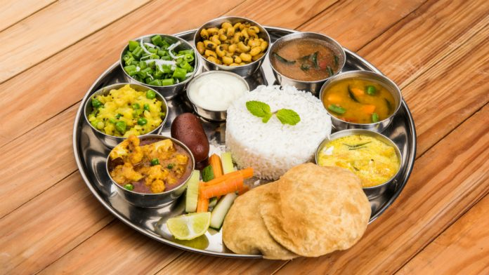 Love Free Food? Here Are 5 Places in Delhi Where you can Find Delicious Meals for Free