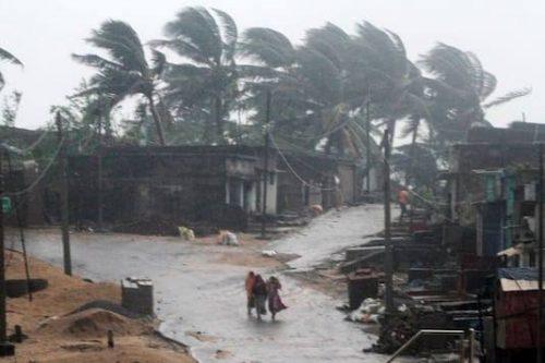 Cyclone 'Tauktae' Creating Potential Havoc Warnings, 2 Dead in Kerala